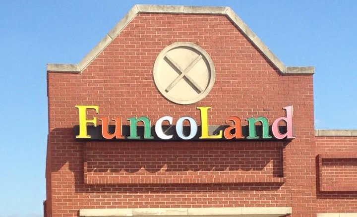 Funcoland sign