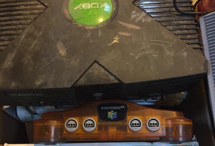 Retro gaming: Original Xbox and Nintendo 64 console