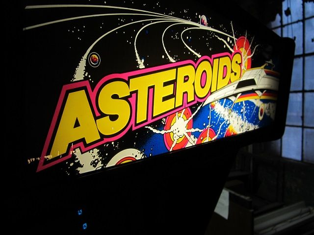 Asteroid Arcade Machine